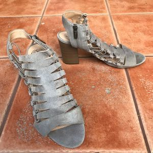 Vince Camuto Heeled Silver Gladiator Sandals Sz 11